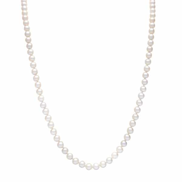Akoya pearl strand necklace 92 pieces