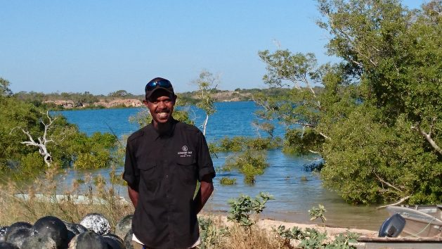 How Australia Sustainably Manages the World's Last Wild Commercial Fishery of Pearl Oysters